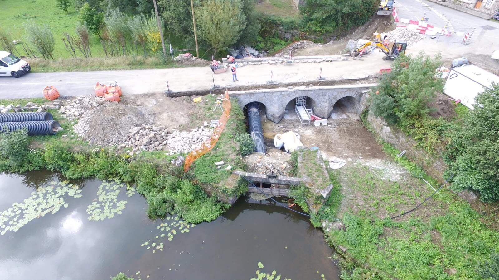 Restauration d'un pont maçonné a Plumelec (56)